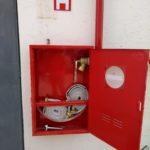 Instalações completas de combate a incêndio.